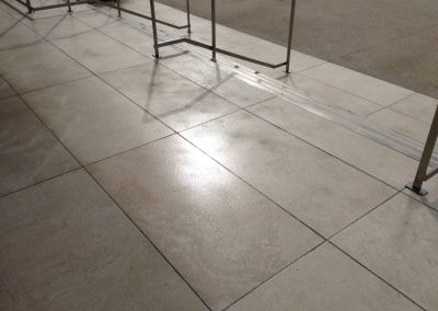 Travertine tile